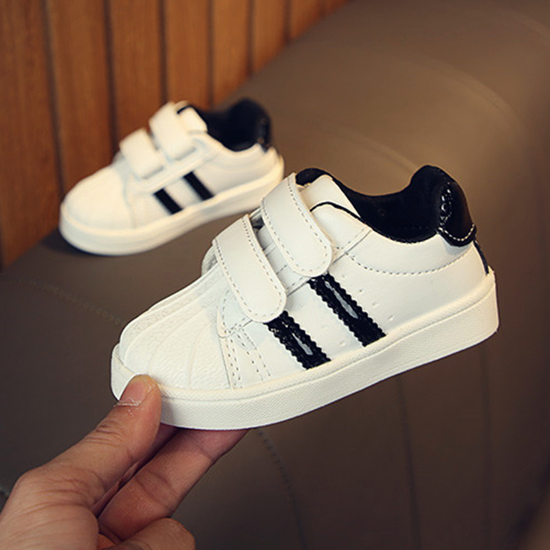 New Toddler Babys Soft Casual Shoes Kids Boy Girls Walking Shoes Non-Slip Unisex Baby Shoes Newborn Black Red Gold Color