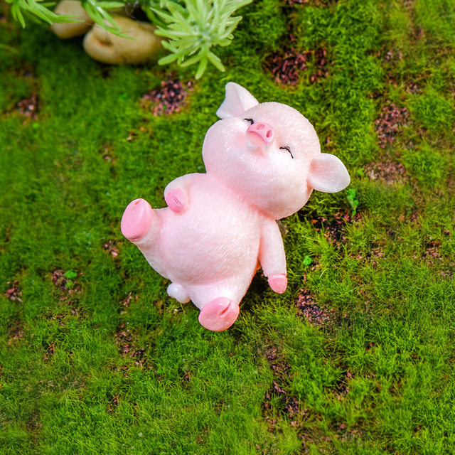 Miniature Cute Pig Garden Figurines Fairy House Home Office Desk Decoration Modern Accessories  Resin Miniatures Mini DIY Decor 6