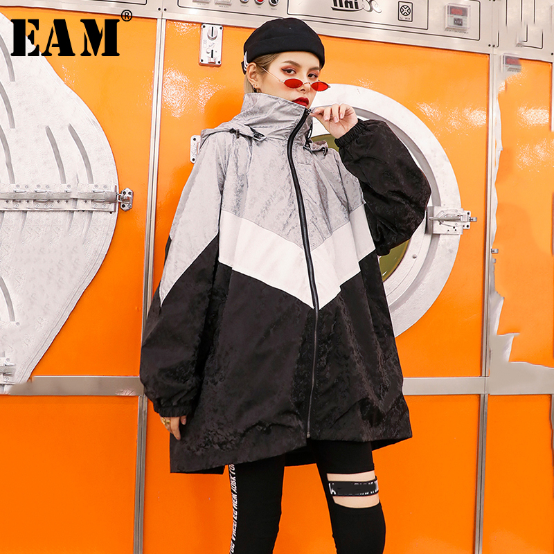 [EAM] Women Black Pleated Big Size Trench New Stand Collar Long Sleeve Loose Fit Windbreaker Fashion Autumn Winter 2019 1B326
