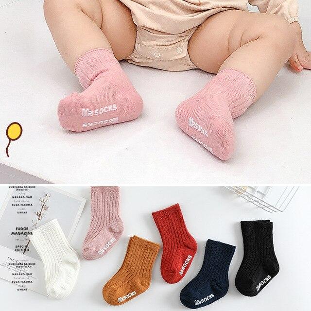 Фото детские однотонные рифленые короткие носки для новорожденных цена