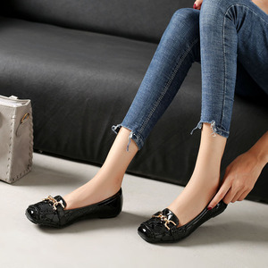 Image 4 - Spring New Fashion Women Flat Shoes Patent Leather Casual Metal Buckle Square Toe Boat Shoes for Office Ladies Zapatos Mujer