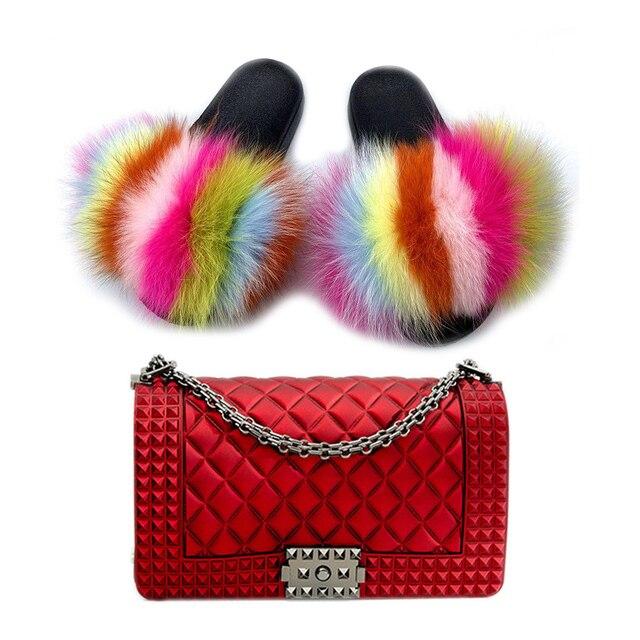 Фото женские меховые тапочки комплекты красочных сумок летняя модная цена