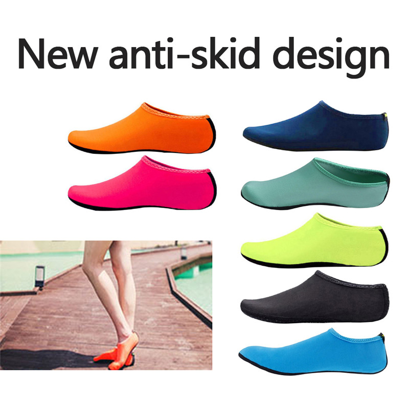 Beach Sneakers Men Women Water Shoes Swimming Shoes Solid Color Summer Aqua Beach Shoes Seaside Sneaker Socks Slippers