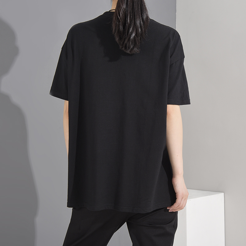 [EAM] Women Black Pocket Irregular Split Big Size T-shirt New Round Neck Short Sleeve  Fashion Tide  Spring Summer 2020 1T70601 3