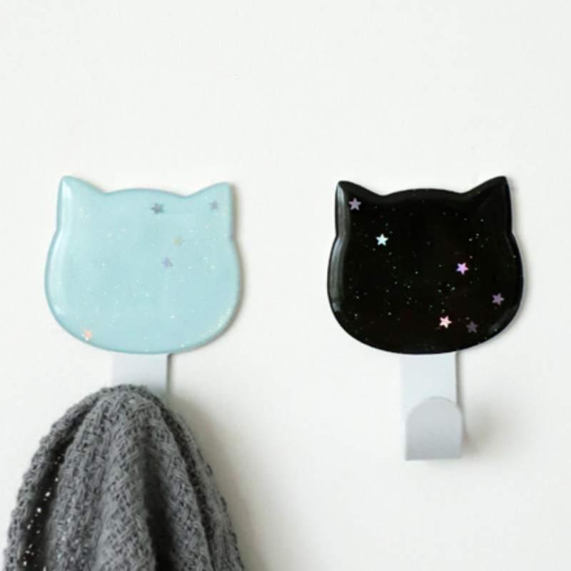 2 Pcs Household Coat Hook Self-Adhesive Bag Hook Wall Decoration Key Storage Hook Cloud Cat Star Heart Shape Hat Hanger