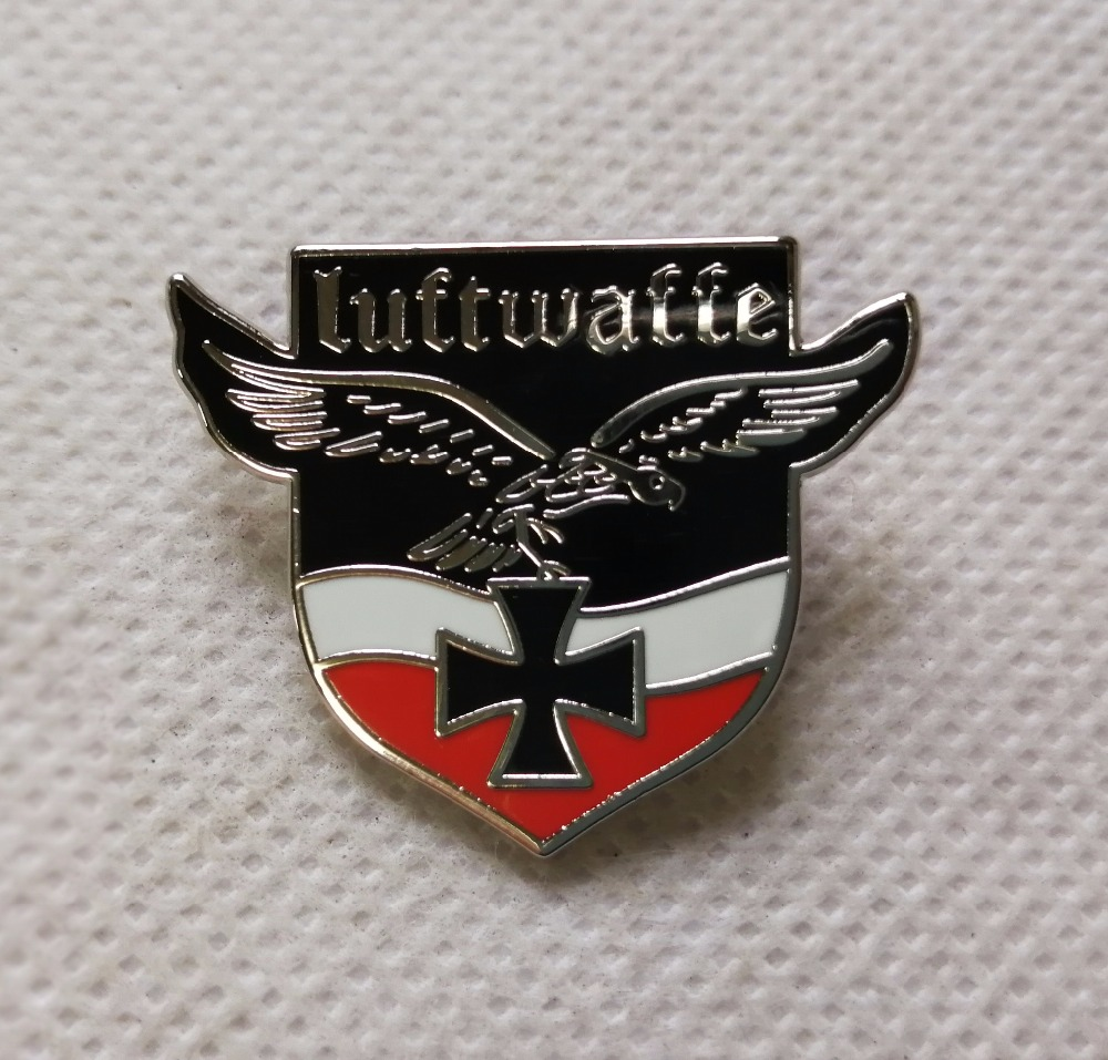 Germany Iron Cross Medal World War II German Empire Eagle Emblem With Safety-Pin Arm-Badge Souvenir Medal
