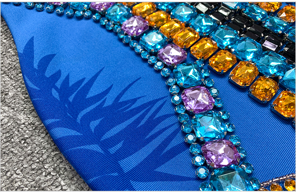 DETAIL-blue-crystal-beaded_3