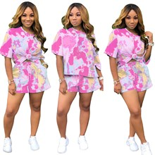 2019 Autumn Crop Top And Biker Shorts 2 Piece Set Women Fashion Tie Dye Print Short Suit Sexy  Club Casual Loose Outfits цена