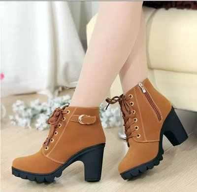 Lace Up Boots kadın blok topuklu Punk platform ayakkabılar siyah sarı kahverengi gotik savaş yarım çizmeler kadınlar için artı boyutu 41