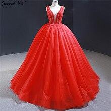 Dubai rouge Sexy col en v robes de soirée 2020 vraie Photo perles sans manches à lacets robes de soirée sereine colline HM66968
