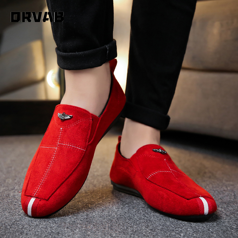 Men Casual Shoes 2020 Fashion Slip-On Moccasin Driving Shoes Soft Comfortable Breathable Flats Sneakers Black Gray Red Loafers