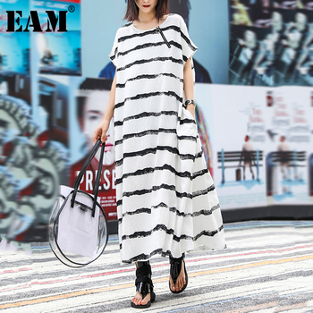 [EAM] Womenblack Striped Split Long Big Size Dress New Round Neck Short Sleeve Loose Fit Fashion Tide Spring Summer 2020 1U850