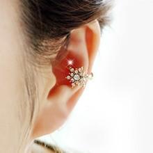 цена на 2019 Fashion Crystal Ear Cuff Clip Snowflake Flower Clip-on Earrings For Women Earcuff Earrings Jewelry Party Gift Brincos WD485