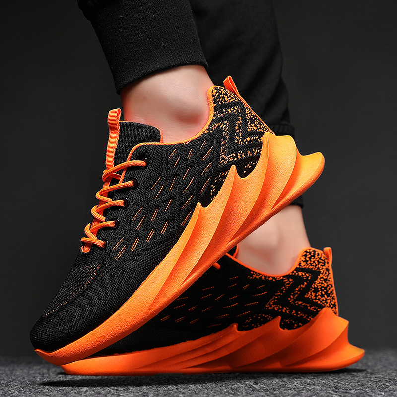 New Fashion Blade Running Shoes Men Outdoor Training Shoes Non-slip Light Shock Absorber Breathable Sports Shoes Zapatos BALCK