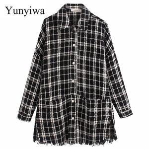2020 New Women Plaid Oversized Tweed Jacket Tassels Pockets Loose Style Long Sleeve Coats Female Outwear Causal Chic Tops