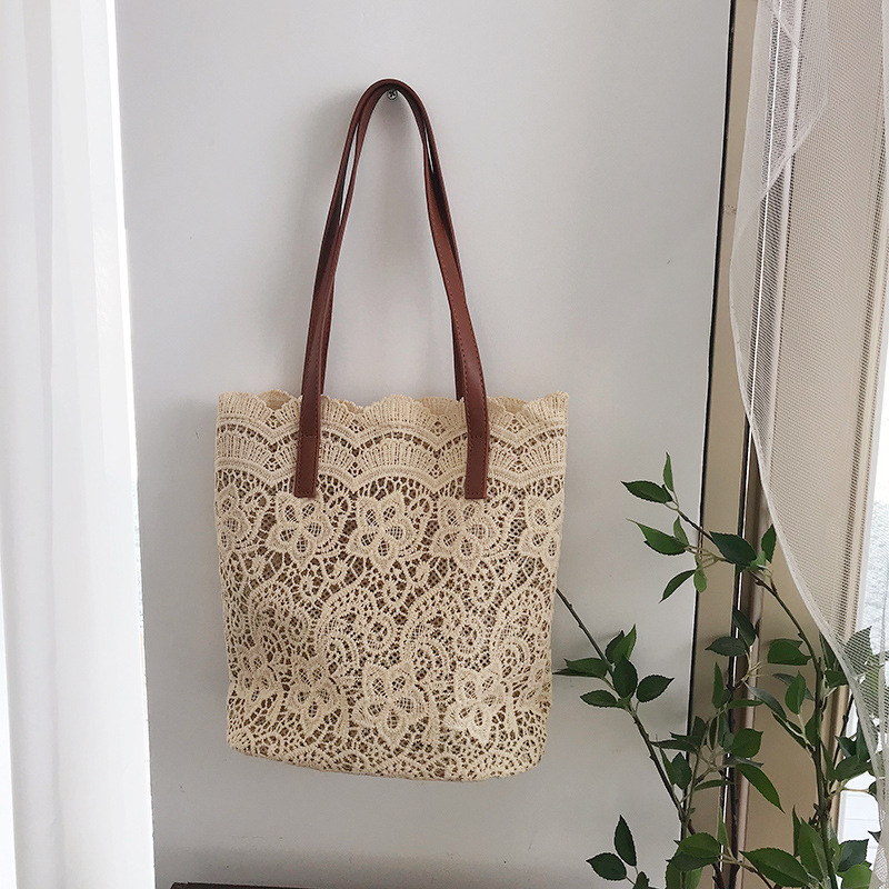 Lace Shoulder Bag 8