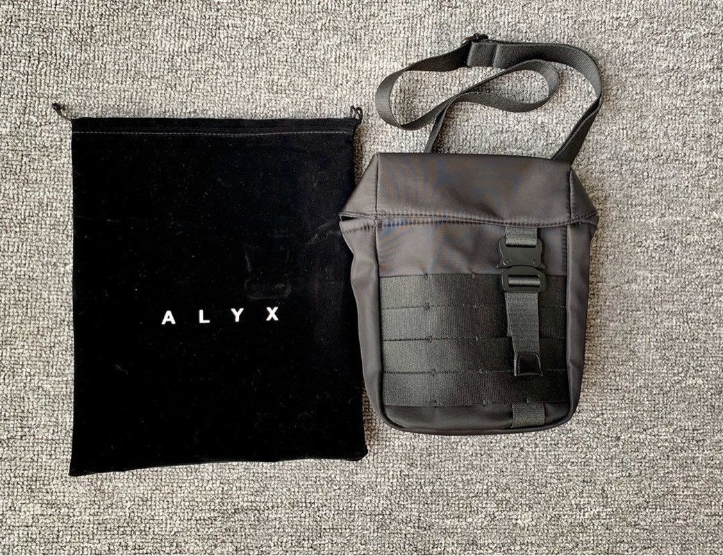Alyx Tshirt Men Women Alyx Tee Streetwear Canvas Metal Buckle Hip Hop High Quality Vetements Alyx T Shirt