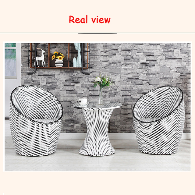 Rattan Outdoor Round Table w/Chairs 4