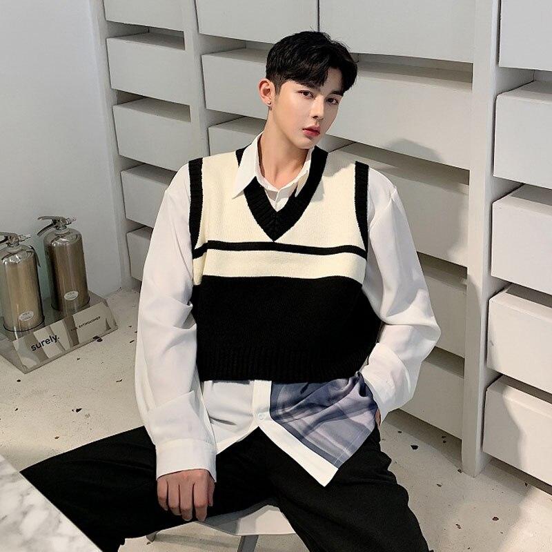Men Vintage Fashion V-neck Sleeveless Stripe Knit Pullover Sweater Vest Male Women Streetwear Casual Short Waistcoat Sweater