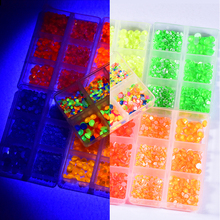 1000pcs Mix Size Noctilucent Non Hotfix Rhinestone стразы Set Flatback Crystal Glass Stone Strass Neon Rhinestones Diamond B3944