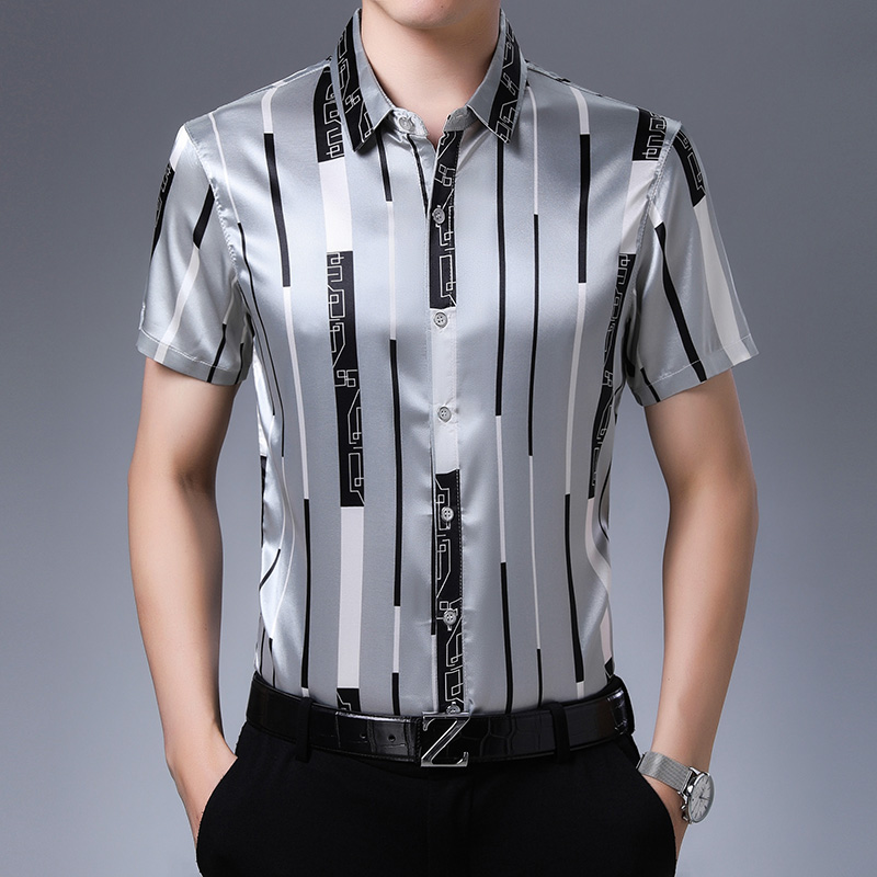 New 2020 Summer Male Silk Clothes Fashion Striped Silk Shirt Short Sleeve Mens Casual Satin Silk Dress Shirts