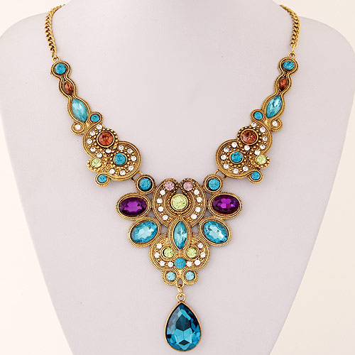 Special European and American fashion metal Collar Necklace