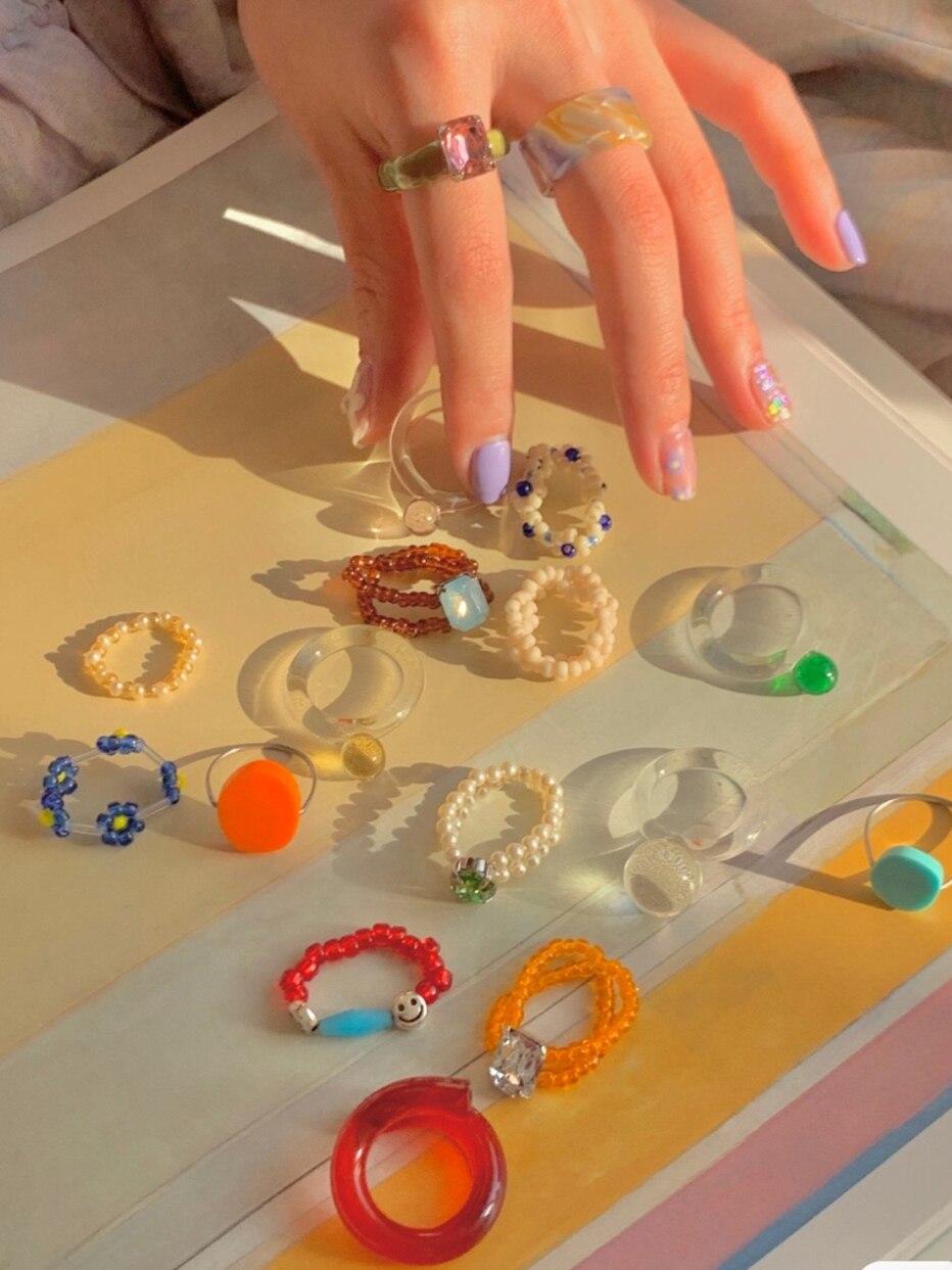 HUANZHI 2020 новая мода красочные смолы прозрачные стразы геометрический Прямоугольник Акриловые Кольца для женщин и девочек украшения для отды...