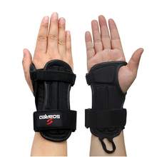 Soared Wrist Protection Skating Snowboard Skiing Armguard Adjustable Support Hand Protector Palm Padded