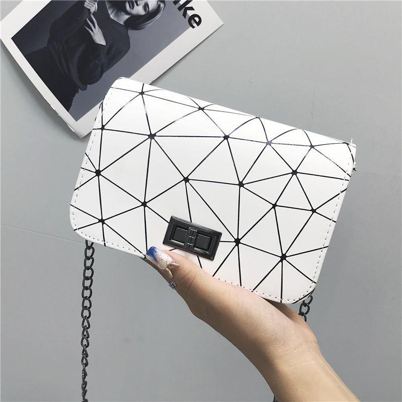 S.IKRR Fashion Chain Crossbody Bags For Women 2020 PU Leather Luxury Dimond Design Flap Shoudler Bag Mini Purses And Handbags