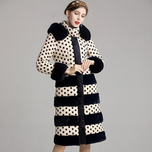Winter Hooded fur collar Down coat Vintage Style Embroidery