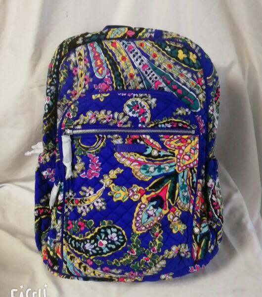 mochila escolar iconica 01