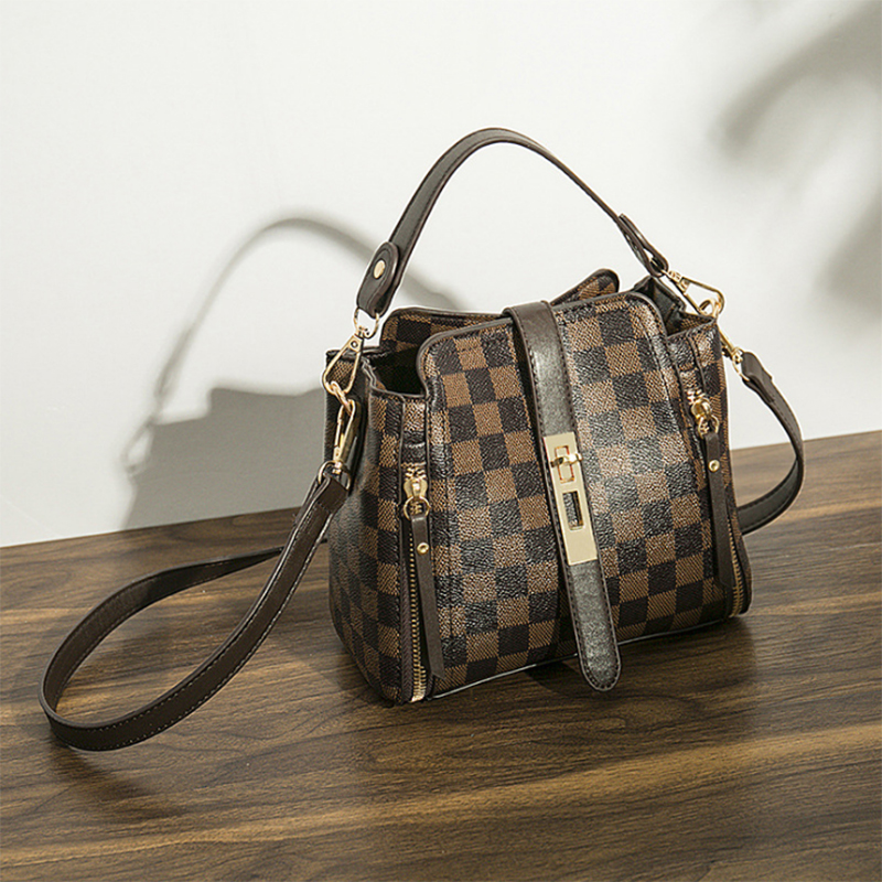 Lattice Pattern Fashion Shoulder Bag LV Trendy Diagonal Ducket Handbags Women's Leisure Retro Packet Quality Fabric