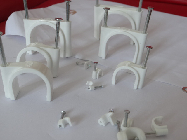 Supply 10-Size Circle Cable Clips Qiang Gu Te Plastic Limited Company