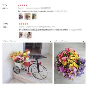 Image 5 - Un ramo de 7 ramas y 28 cabezas, Margarita de seda Artificial, flores decorativas DIY, ramo de flores de boda, Decoración de mesa de habitación para el hogar