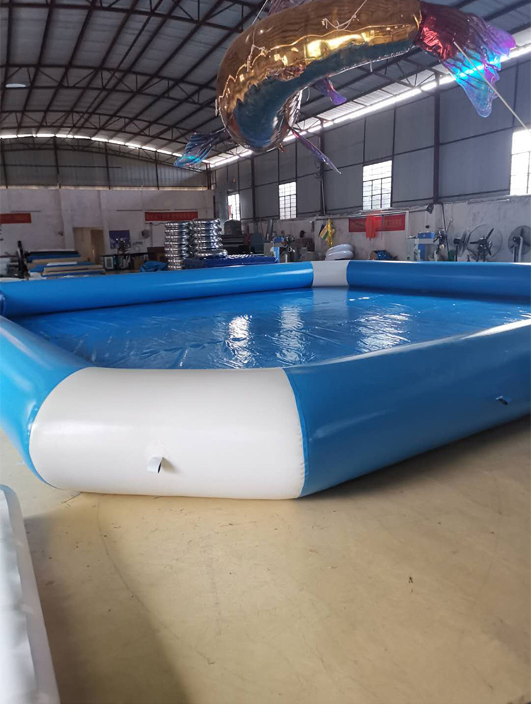 Light Blue And White Squared 0.9mm PVC Tarpaulin Inflatable Pool For Water Games