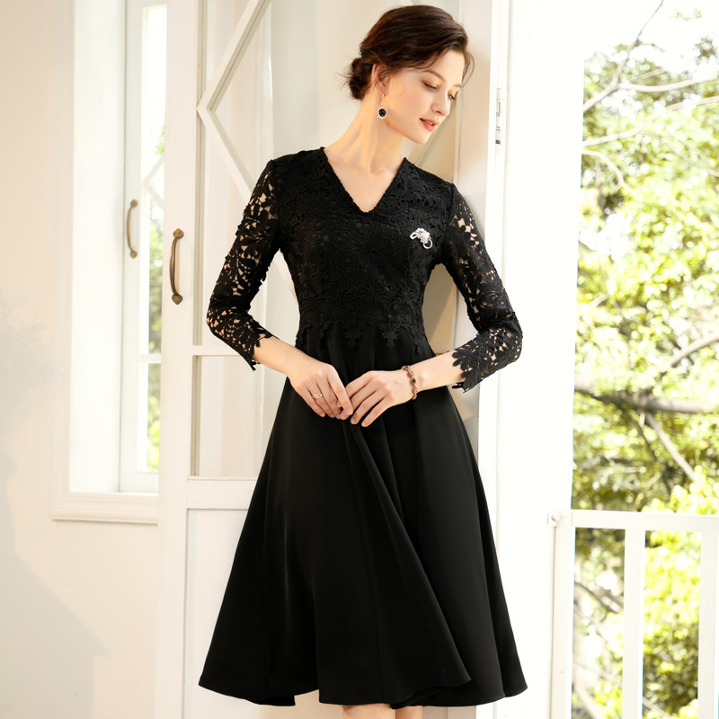 2020 Spring and summer new fashion women dress V Neck long sleeve lace little black dresses hollow out casual mid Dress