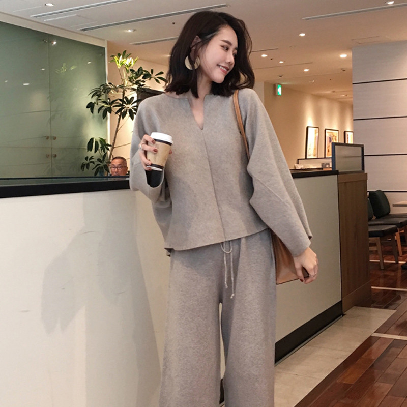 Loose Knitted 2 Piece Set Women Tracksuit 2019 New Fashion Spring Wide Legs Pant Suit Pullovers Sweater Set Knit Suit P710