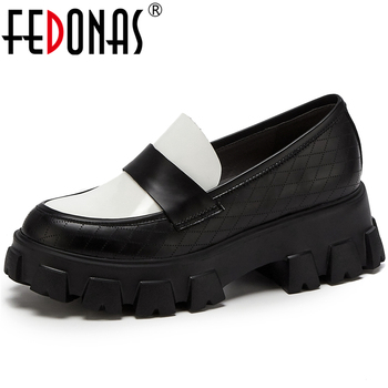 FEDONAS 2020 Spring New Classic Design Mixed Colors Women Cow Patent Leather Thick Bottom Round Toe Non-Slip Casual Shoes Woman