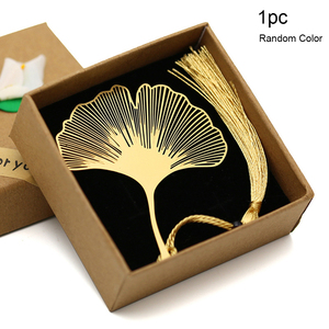 Festival Vintage Chinese Style Gold Metal Hollow Gift Ginkgo Leaf Tassel Bookmark Book Folder Party Decoration Christmas Gift