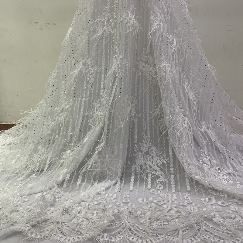 Best Selling New Upscale White African Lace Fabric 2019 3D Feather Heavy Beaded Nigerian Voile Lace Fabric 1 Yard For Bridal