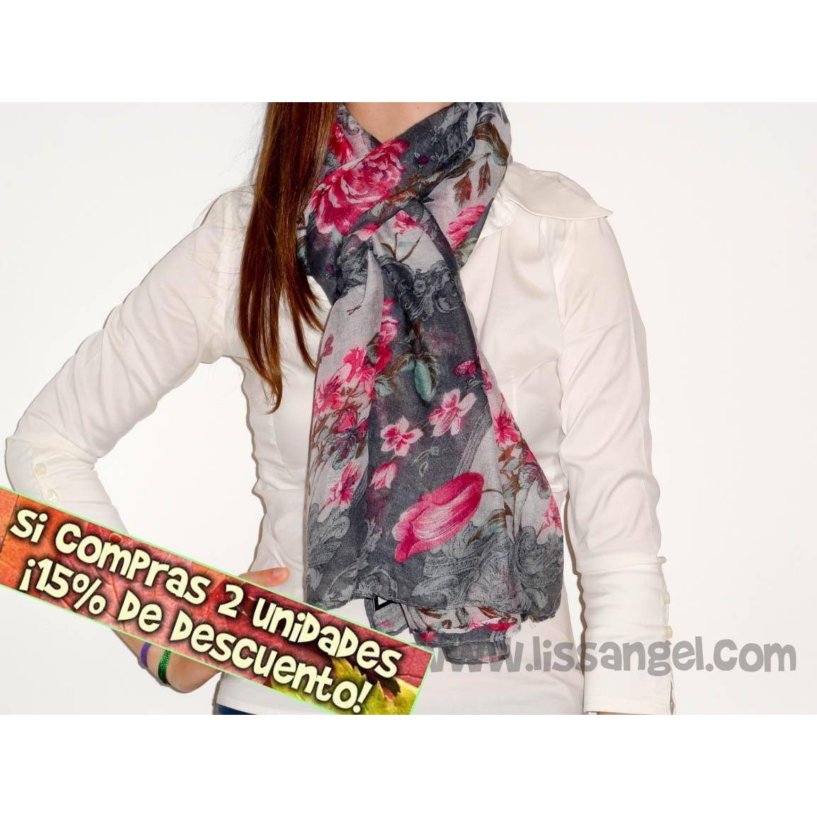 Roses And Butterflies Foulard
