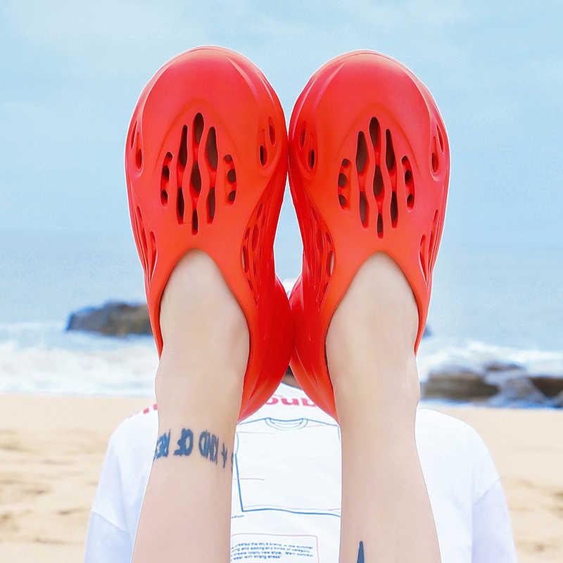 35 ~ 46 del progettista Kanye West Degli Uomini di 2020 di modo Delle Donne di Schiuma runner scivolo pistoni casuali scarpe da spiaggia degli uomini di estate eva scarpe di iniezione