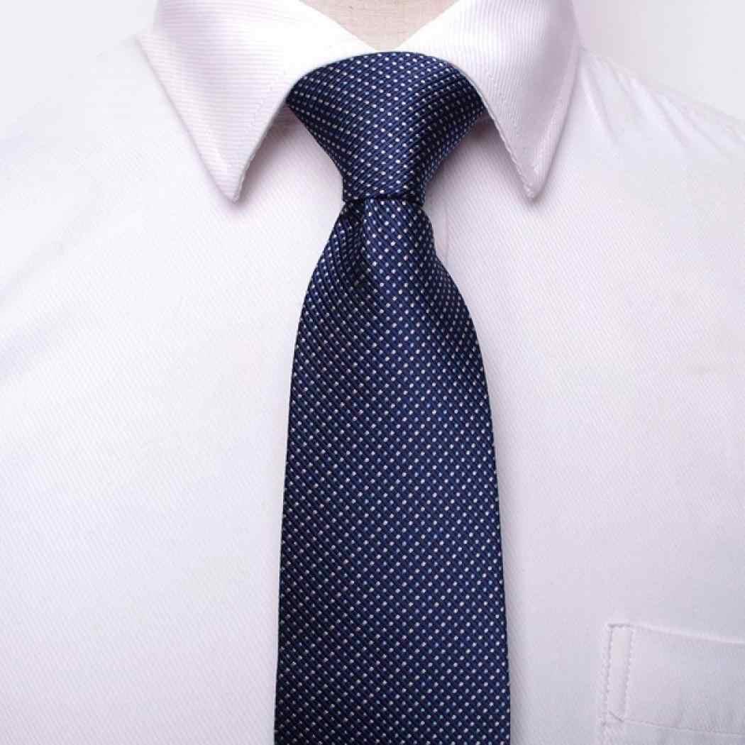 الرجال بقعة عادية مخطط الملمس الرجال الكلاسيكية شكل البندول ، شكل ثلاثي الأبعاد. ربطة عنق سوداء بيضاء الأعمال