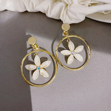 Korean Style Gold Color Hollow Metal Big Flower Drop Earrings for Women Girls Big Round Floral Dangle Earrings Statement Jewelry korean elegant yellow beige flower petal drop earrings for women girls metal statement dangle earrings wedding party jewelry