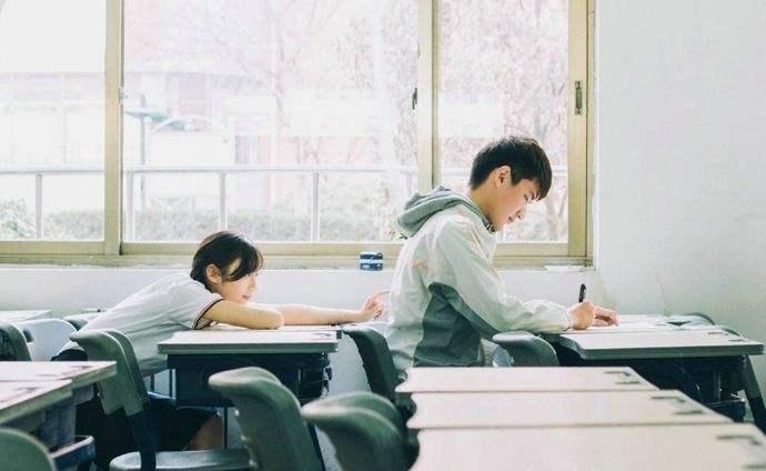学校生活非常值得追忆的非常多,大家怀恋的聚到心中
