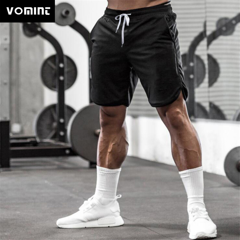 Men's Shorts Solid Color Sports Fitness Shorts Mesh Quick-drying Breathable Basketball Five-point Pants Summer Training Pants