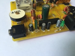 Image 2 - Micro Power Medium Wave Transmitter and Ore Radio for Home Use