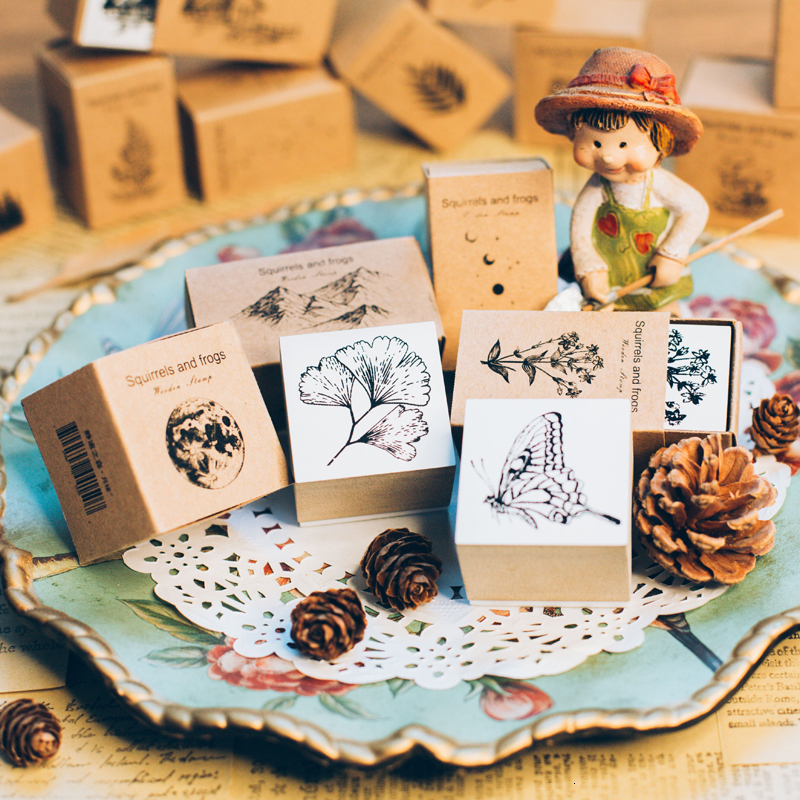 1pc Vintage Jungle Series Wood Rubber Stamps For Scrapbooking Stationery DIY Small Animals Kawaii Standard Wooden Stamp Planner