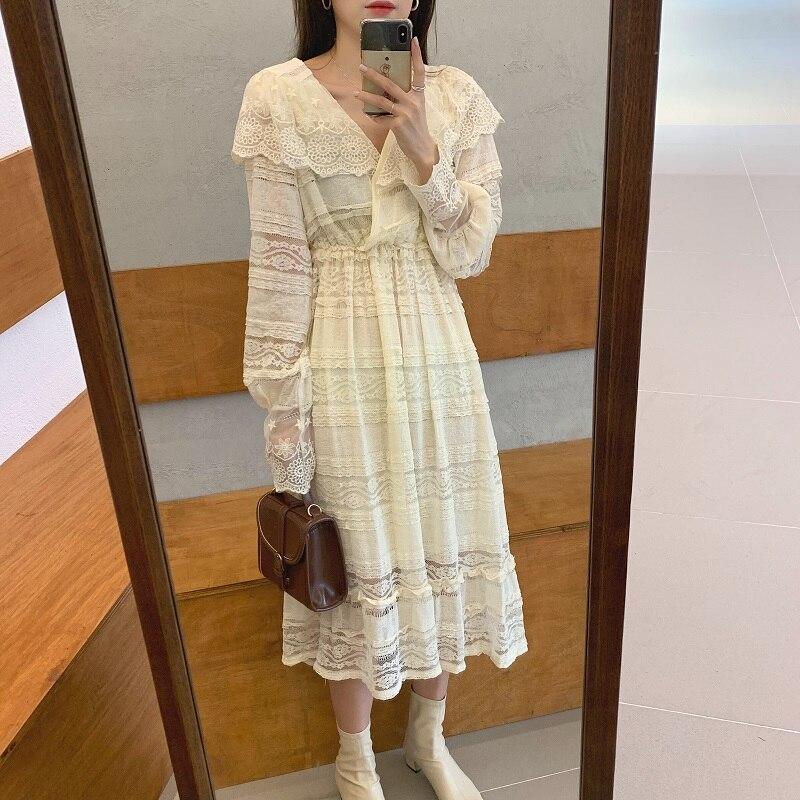 Hfb131108a23045a79d6b801199c93719H - Spring V-Neck Long Sleeves Long Lace Midi Dress