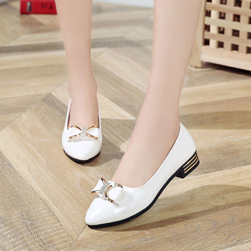 2019 Spring And Autumn New Style Flat Pointed Man-made Diamond Bow Versatile Shoes Women's Four Seasons Business Low Heel Work S